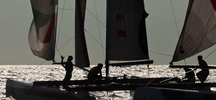 Extreme Sailing Series, Luna Rossa resiste, ma i francesi non mollano