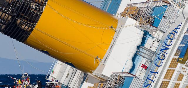 Costa Concordia, l'abbandono nave: il video