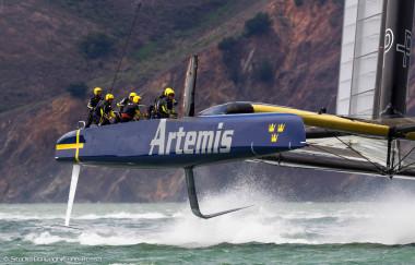 Luna Rossa Challenge 2013 vs Artemis Racing - Louis Vuitton Cup