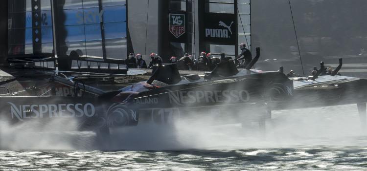 America's Cup, Oracle Team USA porta la Coppa ai supplementari