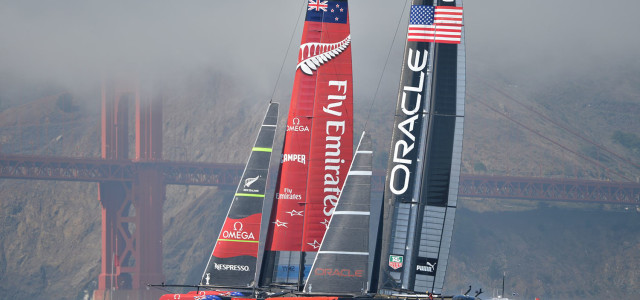America's Cup, Oracle Team USA accorcia le distanze