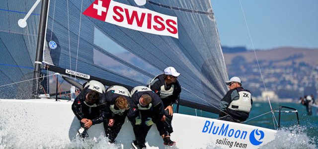 Sperry Top-Sider Melges 24 World Championship, Blu Moon takes the lead