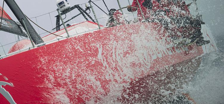 Volvo Ocean Race, chinese sailors finding their sea legs