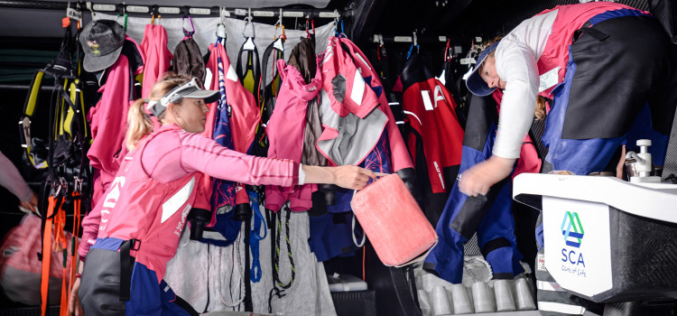 Volvo Ocean Race, Team SCA affronta la prima traversata oceanica
