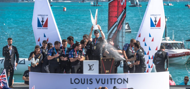 America's Cup, Emirates Team New Zealand will face Oracle Team USA