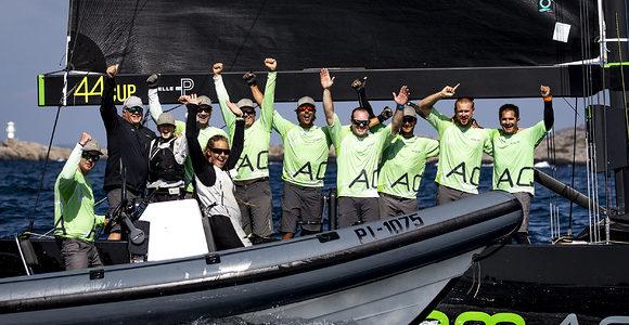 RC44 World Championship, Team Aqua claimed the title