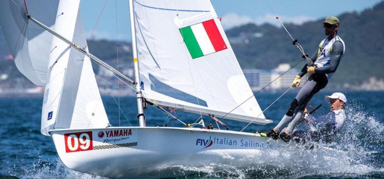 470 World Championship, proseguono le regate a Enoshima e Ferrari-Calabrò vanno forte